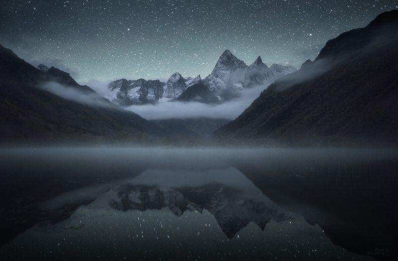 гоначхирское ущелье, домбай, карачаево-черкессия, ночь, звёзды, озеро, туман, отражение, гоначхир, кавказ Туманлы-Кёльphoto preview