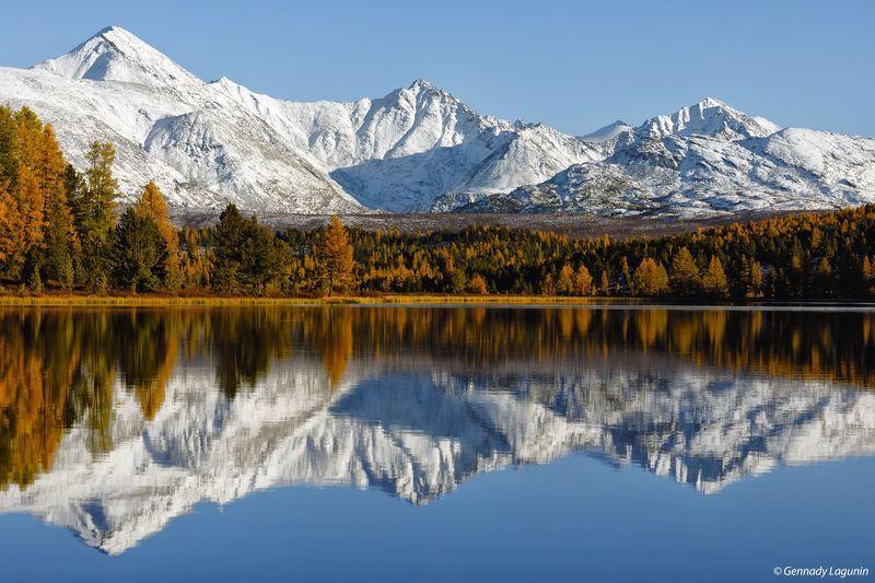 алтай, altai, осень, autumn, горы, mountains, озеро, lake Они сошлись, вода и каменьphoto preview