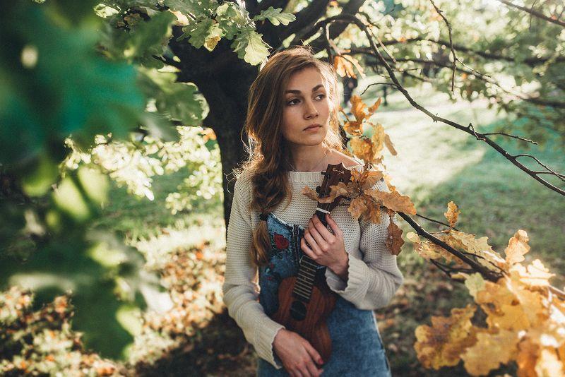 Лада и осеньphoto preview