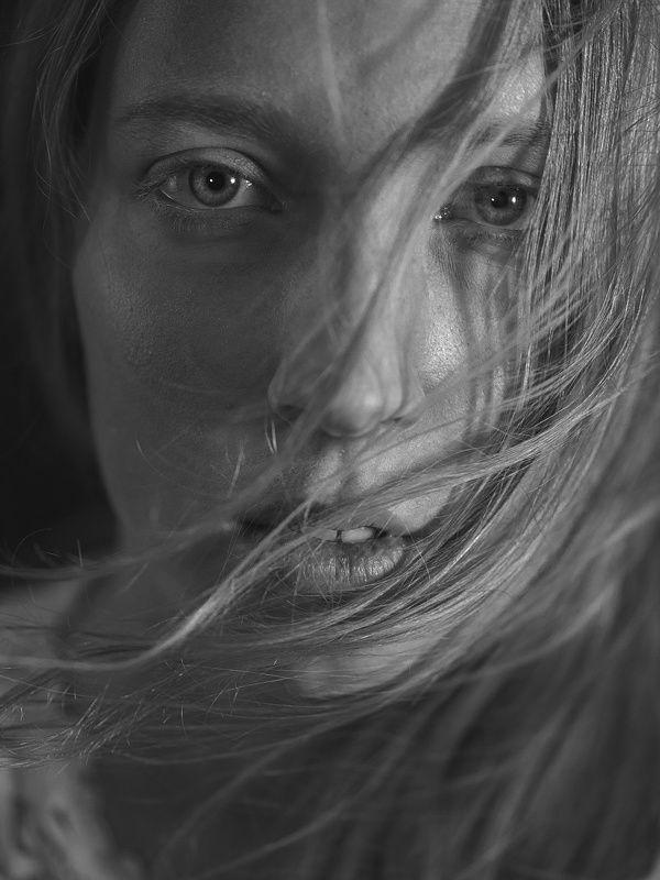 ветер, портрет, студия, воронеж, действие, момент, взгляд, взор Навеяно Вермееромphoto preview