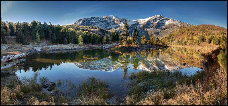 Озеро у Красной горыphoto preview