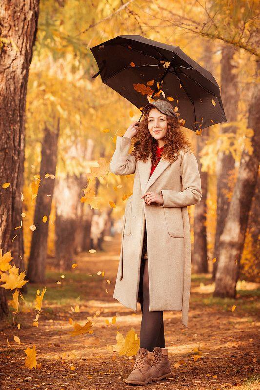 девушка, осень, листья, оранжевый, желтый, модель, красота, пальто, зонт, аллея, парк, кудри, волосы Лизаphoto preview