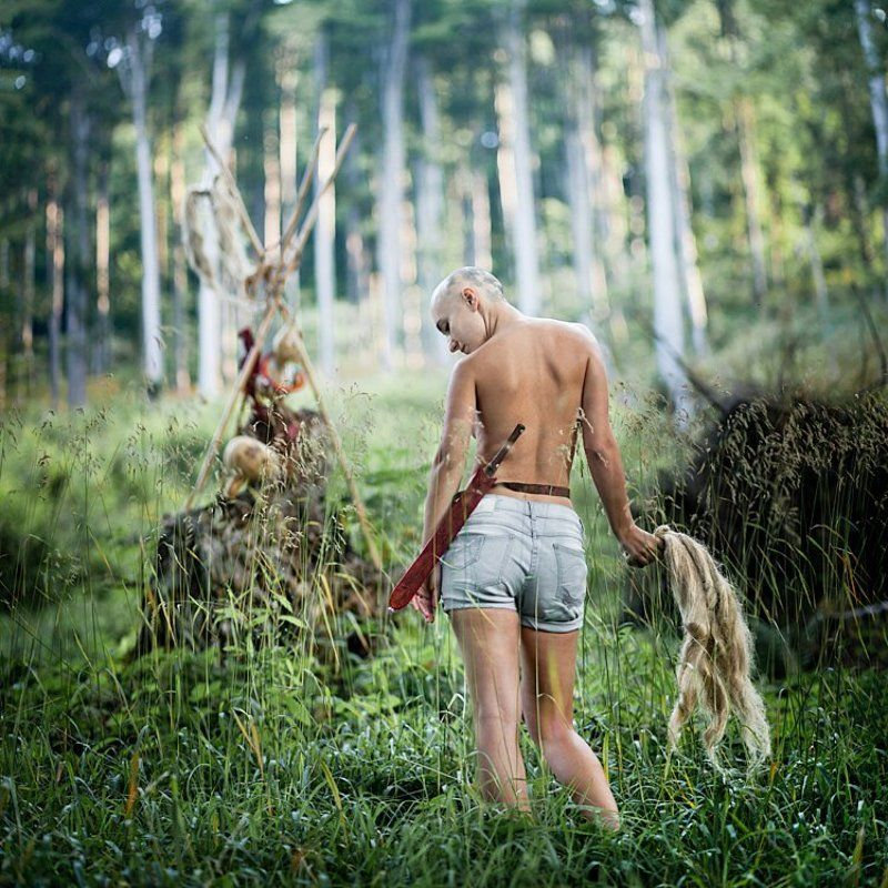woods, woman, bald, hair off, cut -photo preview