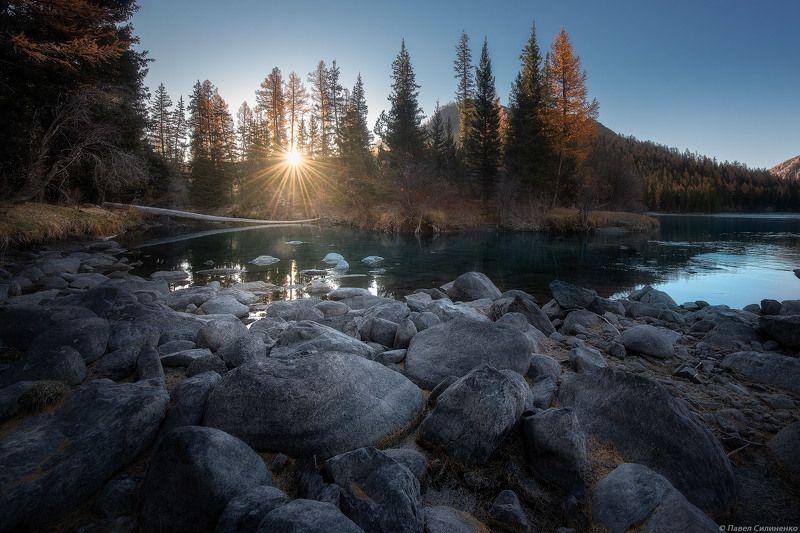 пейзаж, алтай, восход, осень, река, на берегу, камни Бараphoto preview