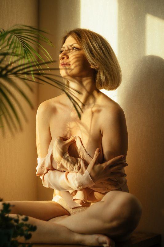 nude, woman, girl brightphoto preview