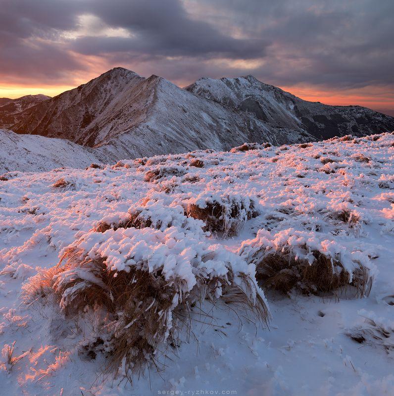 carpathians, mountains, landscape, romania, nature, winter, зима, румыния, пейзаж, природа, горы, карпаты, Sunset in Rodna Mountainsphoto preview