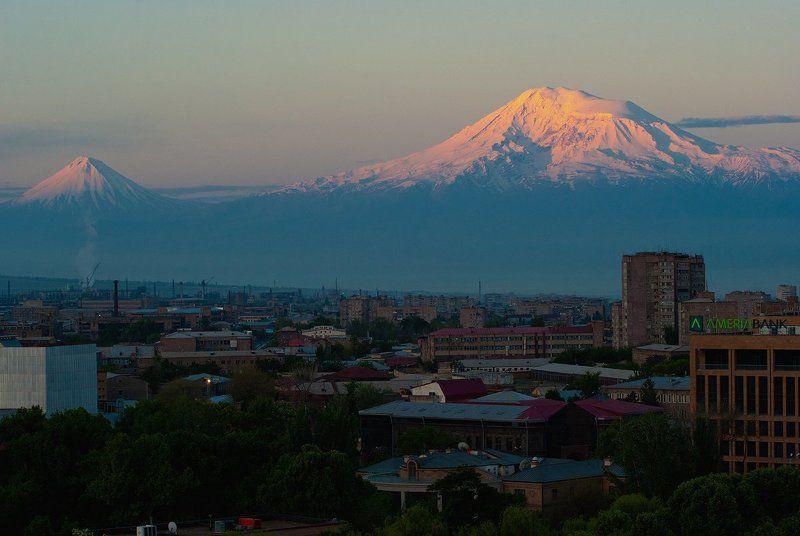 арарат, армения, город, пейзаж, городской пейзаж, восход, закат г. Араратphoto preview