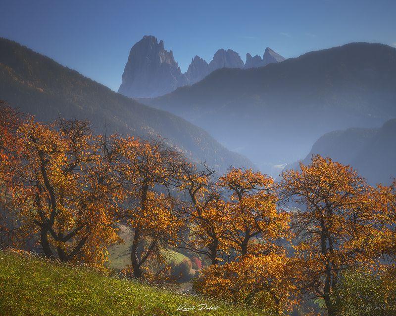Autumn in Val Gardena photo preview