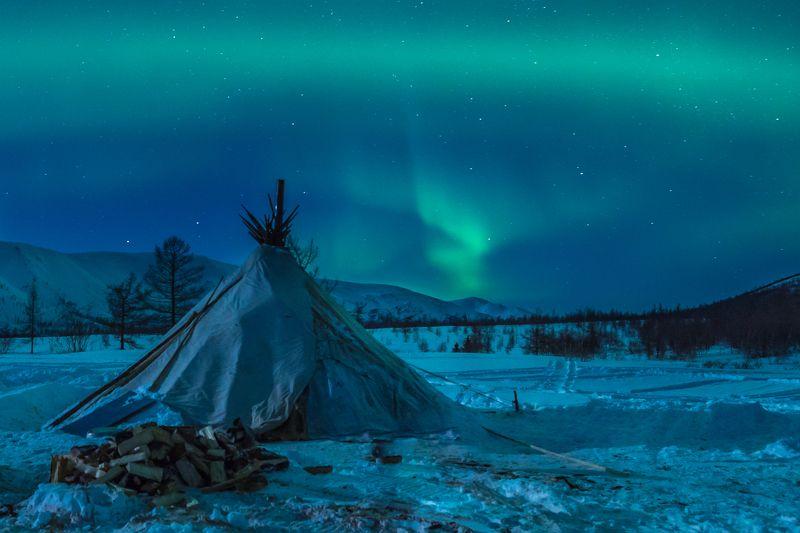 аврора, ямал, снег, оленеводы, чум, полярный урал, зима, северное сияние На Полярном Уралеphoto preview