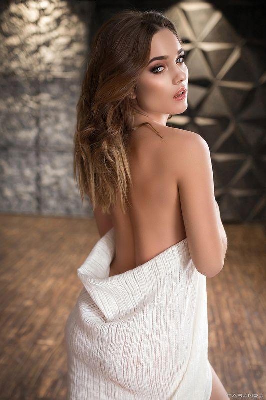 kiev, nu, nude, sexy, ukraine, girl, model, studio, light photo preview