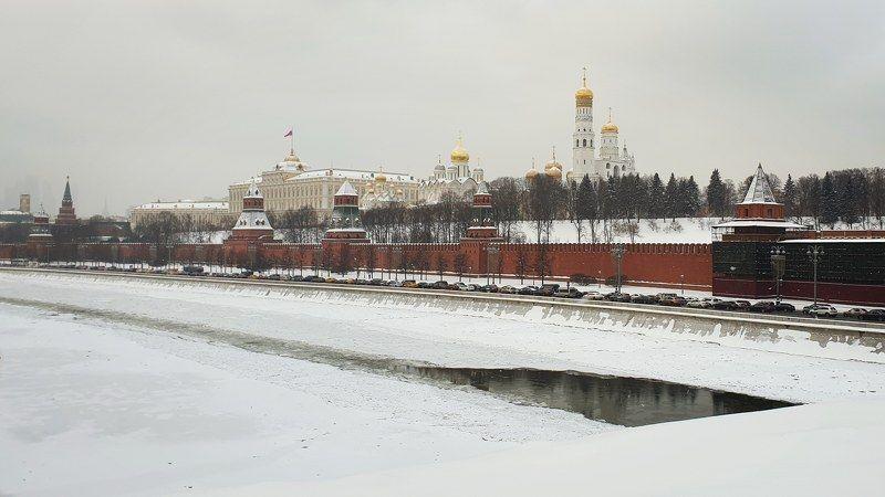 кремль, набережная, город Предновогодний Кремльphoto preview