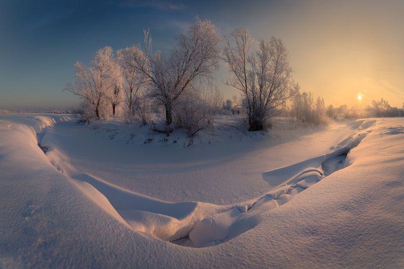 #новоалтайск, #алтай, #алтайскийкрай, #зима, #река, #иней, #куржак, #утро, #рассвет, #новыйгод, #чесноковка, #пейзаж, #зимнийпейзаж, #панорама Река Чесноковкаphoto preview