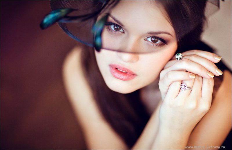 портрет, девушка, брюнетка, 85 мм 1.2 Катяphoto preview