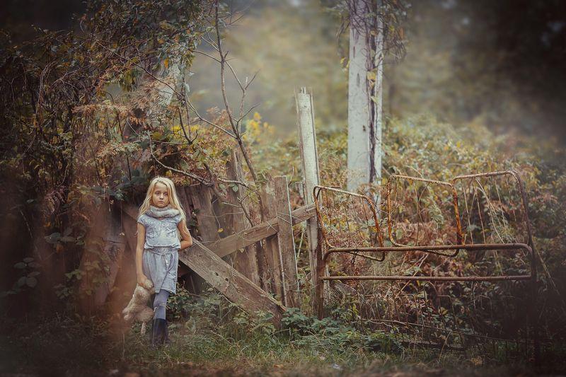 настроение природа девочка забор Настроениеphoto preview