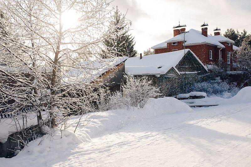 зима, снег, урал, улица, дом, снежный На улице Кооперативной все в снегуphoto preview