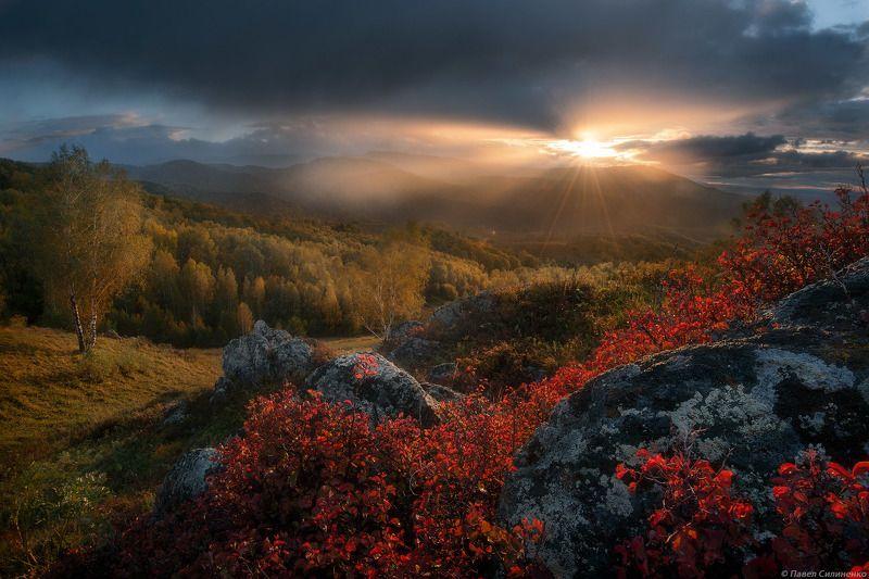 алтай, белокуриха, осень, закат, облака, солнце, горы, лес, пейзаж, свет Осеньphoto preview