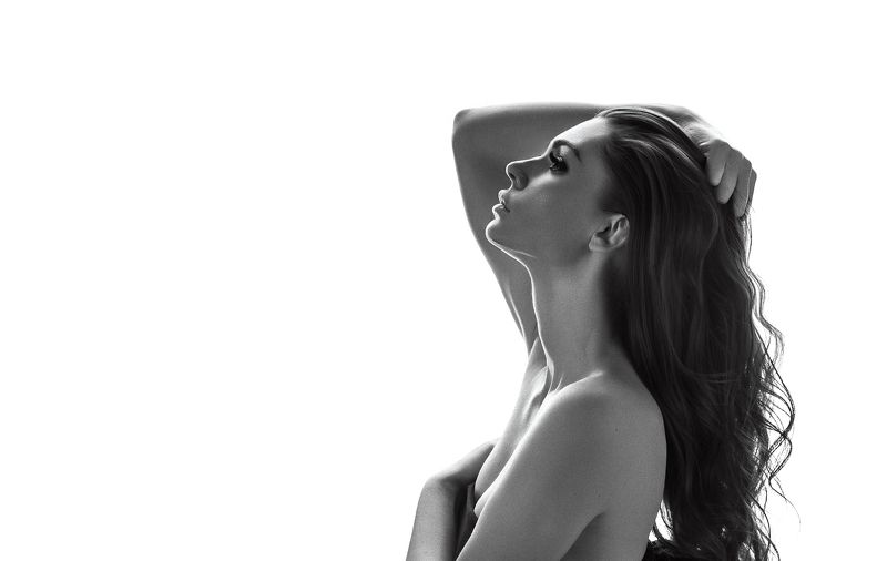 высокийключ свет тени тордуа фотограф девушка чб воздухphoto preview