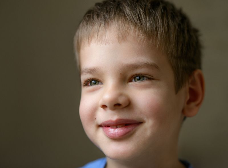 портрет, дети, ребенок, цвет, улыбка, взгляд Иванphoto preview