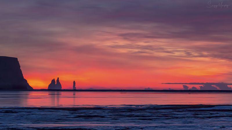 burning horizon. reynisdrangar. iceland. Burning horizon. Reynisdrangar. Iceland.photo preview