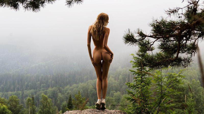 В Белокурихе осенью туманноphoto preview