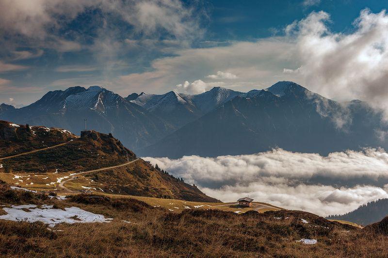 Домик в горах.photo preview