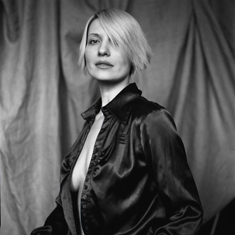 портрет, девушка, пленка, ilford, mamiya, portrait, people, woman, face Ингаphoto preview
