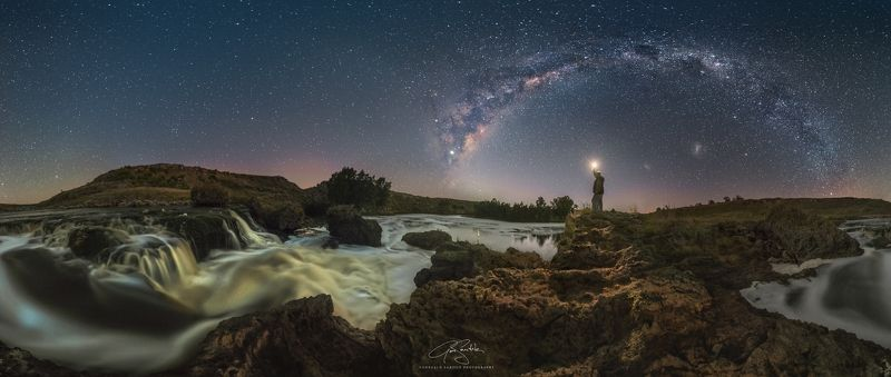 milky way Cifuentes waterfallsphoto preview