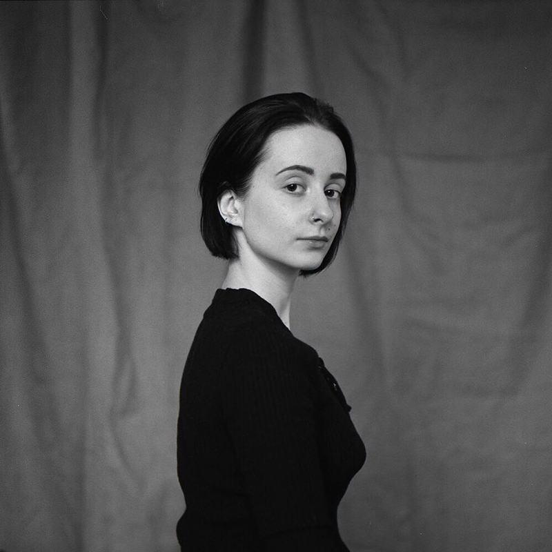 mamiya, ilford, woman, portrait, people, портерт, женщина, девушка Надеждаphoto preview