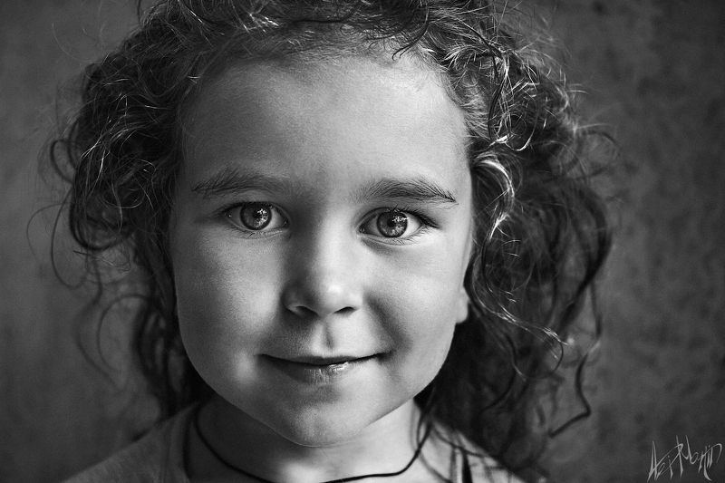 девочка, дитя, взгляд, чистота, доброта, искренность, радость, детство, маленькая Волшебницаphoto preview