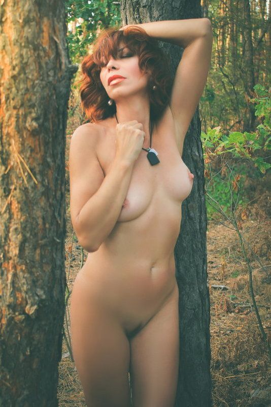 лес, девушка, ню..лето.. Open forestphoto preview