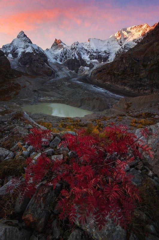 Рассвет в ущелье Адыл-Суphoto preview