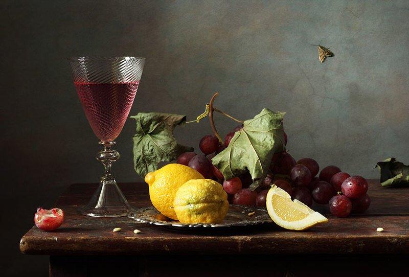 С лимоном и виноградомphoto preview