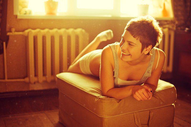 девушка, солнце, дома, пыль, пух, радость, смех .веселье, яркая, христина, портрет, тепло Христина.photo preview