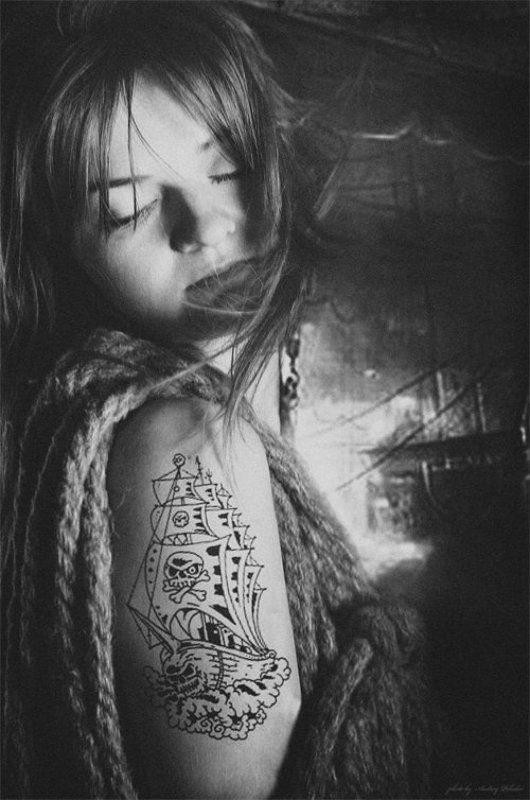 гавань, девушка, корабль, пираты, тату photo preview