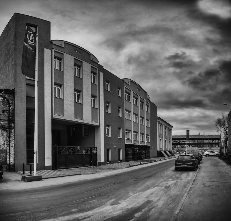 орехово-зуево, морозовские постройки, контраст industrialphoto preview