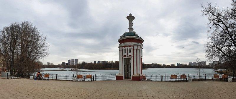 парк, город, пруд, усадьбы, купальня Панорама городского паркаphoto preview
