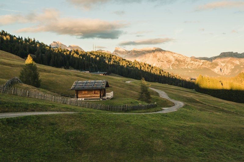 горы; дорога; природа; путешествия; домик Путевые нити...photo preview