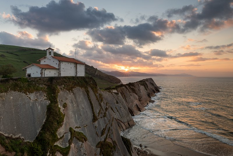 Zumaia. Испания. Zumaia. Испания.photo preview