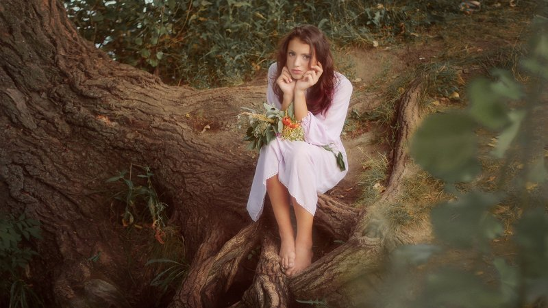 девушка, портрет, природа Каринаphoto preview