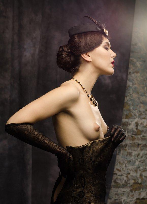 nude, portrait, eugenereno Fridayphoto preview