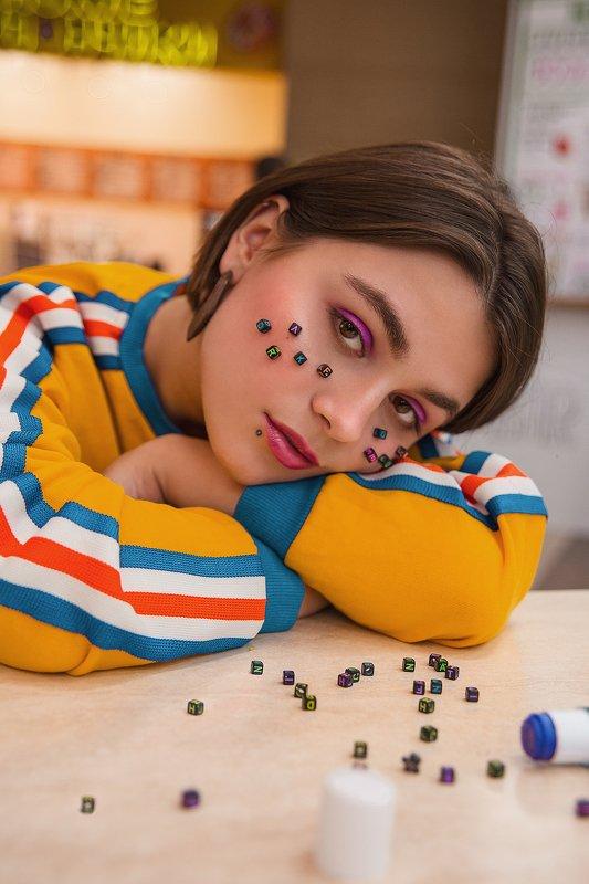 портрет, девушка, иван бабыдов Радужная Вераphoto preview