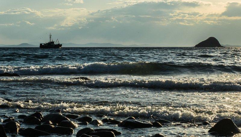Бухта Витязь, Приморский край В ожидании погодыphoto preview