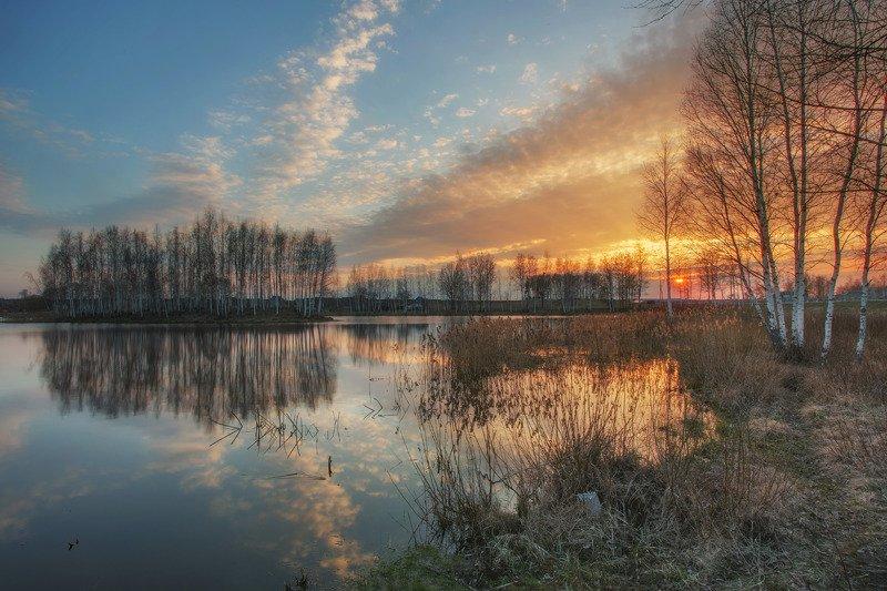 весна, закат, озеро, лес, вечер, могилев, светиловичи, беларусь Пейзаж ранней веснойphoto preview