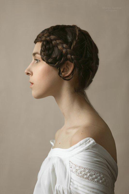 Портрет, девушка, косы, прическа, художественное, история,  Портрет с косамиphoto preview