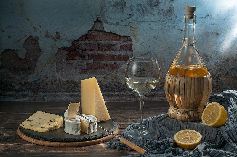 сыр, вино сырная тарелкаphoto preview