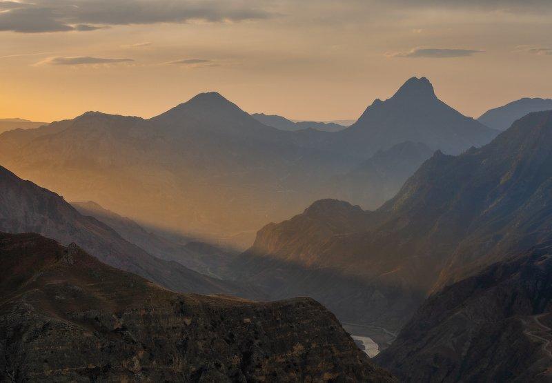 рассвет, дагестан, горы, утро, солнце Первый луч 2 маяphoto preview