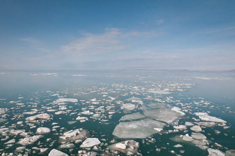 ледоход в Керченском проливеphoto preview
