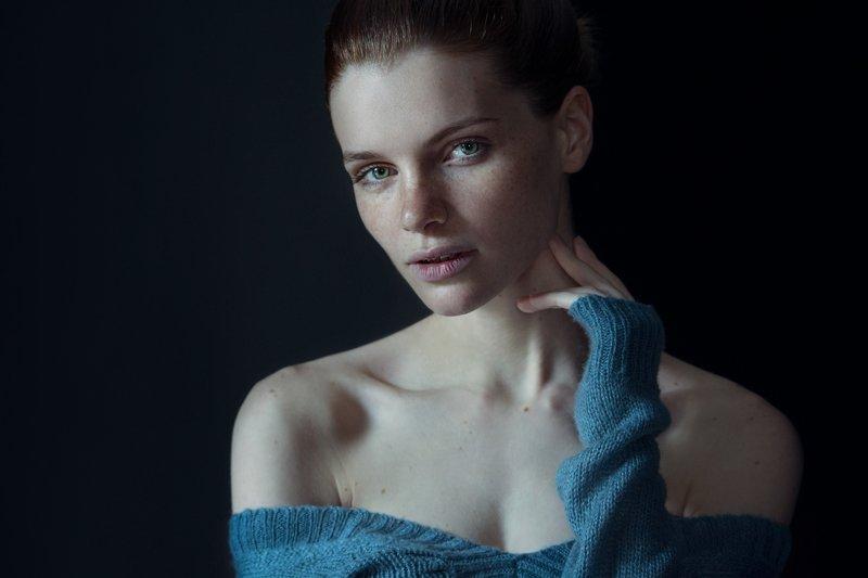 девушка, веснушки, портрет, модель, гламур, girl, popular, art, model, woman, beautiful, studio, freckles Викторияphoto preview