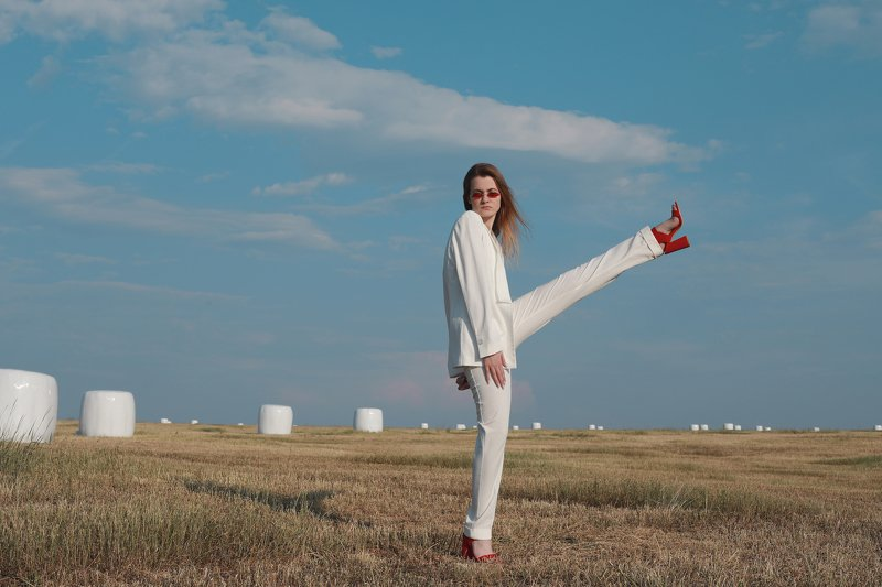 white, outdoor, blue sky, girl in white, red shoes Whitephoto preview