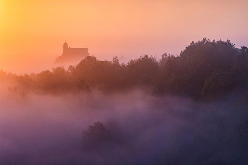 bobolice, polska, slask, jurassic, rocks, poland, silesia, myst, morning mists, sunrise, wschód, castle, zamek, mirów, morow, Bobolice Castlephoto preview